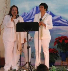 Ruth y Mayra Gris